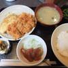 鉄板焼亭 はち家 - 料理写真:日替わりランチ(まぐろヅケ、ナス天、チキンカツ)