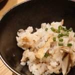 個室 肉炉端居酒屋 九州うまか屋 - 地鶏炊き込みご飯(コース)