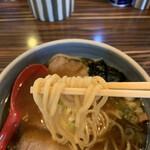 中華そば 螢 - 麺