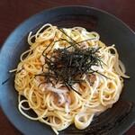 イデウラ - イカと明太子のクリームスパゲッティ(900円)
