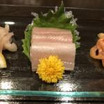 三船亭 - 料理写真:天然アナゴ刺し