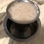 SANTOSHAM - マドラスコーヒー