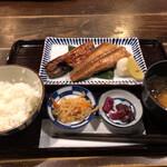 137962849 - 焼魚2種定食