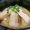ラーメン あおやま - 料理写真:数量限定 鶏白湯 850円