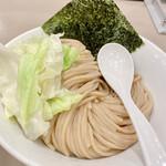 tsukemengonokamiseisakujo - 海老つけ麺味玉(950円)麺並