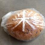 岩手山ベーカリー - 料理写真:米粉湯種の国産五色米のパン