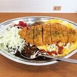 インデアンカレー - 料理写真:野菜玉子カツカレー