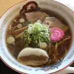 らーめん きちりん - 料理写真:醤油ラーメン 800円