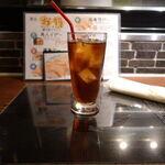 米助 - セットの黒烏龍茶 烏龍茶から重合ポリフェノールを抽出し通常の烏龍茶に加えるという高級烏龍茶