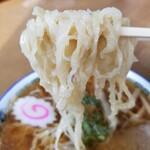 赤見屋 - 麺リフ