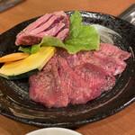 トトリ - 料理写真:花咲サガリとスライス牛タン