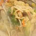 アジアン食堂 蓮華堂 - パリパリ皿うどん780円
