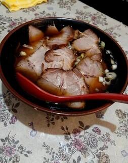 九州ラーメン うまか - チャーシュー麺  (醤油)