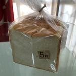 手作りパン工房 バーゼル - 食パン(マイルド)