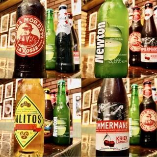 ★各国のクラフトビールもご用意!★