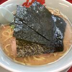 山岡家 - 醤油ラーメン 670円