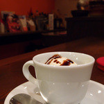ワインバー ヌーバ - バルサミコ酢のかかったジェラート