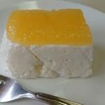 キッチン ぴーなっつ - デザート ヨーグルトムース