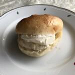 est Panis - はちみつとクリームチーズサンド