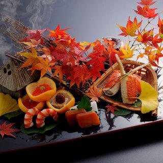 お好みのお飲物と季節の日本料理を少しずつ。
