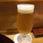 味享 - 最初はプレモルの生ビールで気道を確保