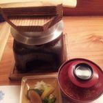 瓢箪の花 - 9 鯛釜飯 オコゼアラ合せ味噌椀 香の物
