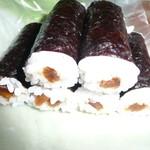 伊勢屋 - 海苔巻きも美味しい