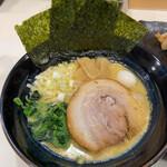 138100779 - 醤油豚骨ラーメン