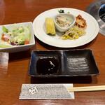 焼肉 じゅん - 料理写真:前菜とサラダ