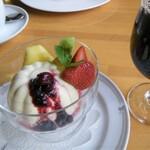 万平ホテル カフェテラス - ババロア