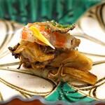 138116945 - 初味  焼き天然舞茸と車海老 黄身和え