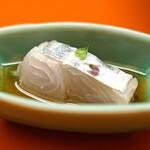 138116982 - 太刀魚を梅醤油で