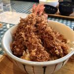 洋食とcafeじゅんぺい - 海老丼 松 4本 アップ