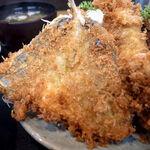 丸福 - アジフライ