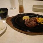 まつ坂 - とちぎ和牛、角切りステーキセット(120g)