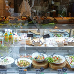 ナチュラルレストラン&デリ みどりえ - 店内デリ・コーナー