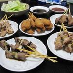 千吉 - 料理写真:千吉の焼き鳥で楽しい家飲みです~♪