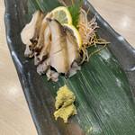 梅丘寿司の美登利総本店 - 鮑。