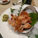 梅丘寿司の美登利総本店 - 赤貝