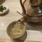 梅丘寿司の美登利総本店 - 心から温まる贅沢な逸品。