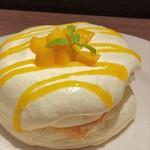 Urth Caffe - Mango Mascarpone Pancake