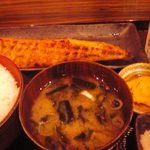 越後屋玄白 - 鮭のハラス定食