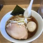 ラーメン屋 游 - 醤油ラーメン750円!