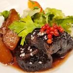 満月堂 - 牛ホホ肉の赤ワイン煮込み