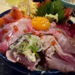 味福 - 並海鮮丼990円