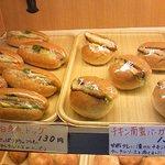 焼き立てパン工房 布田4丁目ベーカリー - 調理パン系