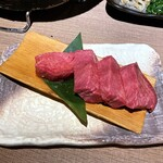 Sumibiyakinikunagomi - 上タン塩1480円。