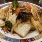 龍味 - 厚揚げと豚肉のピリ辛炒め