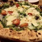 チロンボ・マリーナ - ピザ(季節野菜のジェノベーゼ)