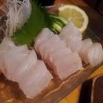 大木海産物レストラン - 白身魚の刺身 1050円